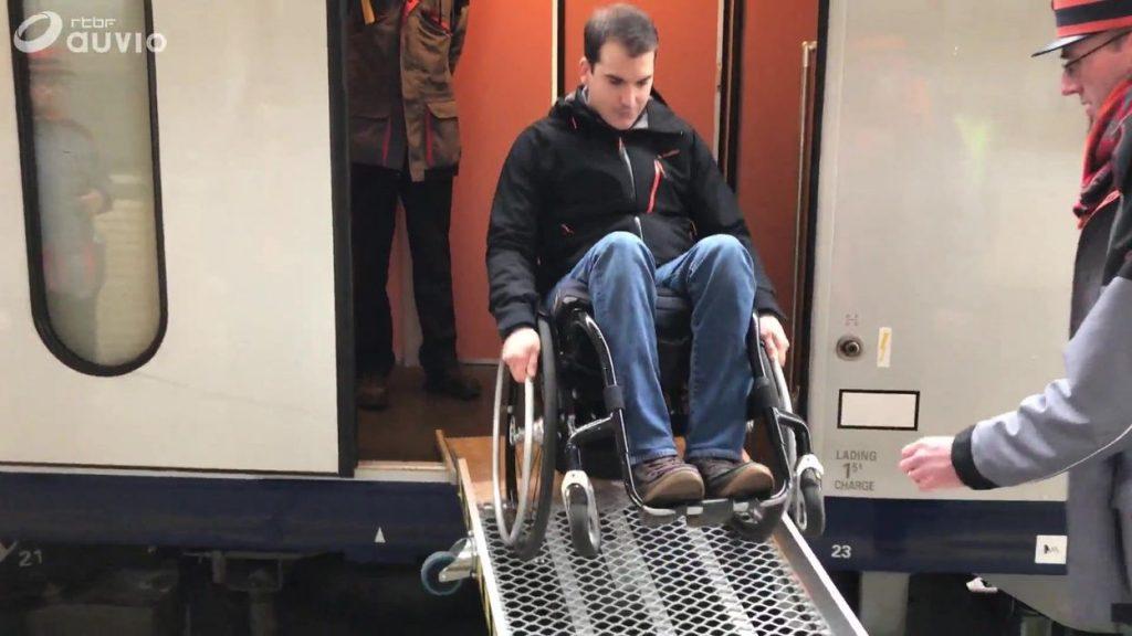 l'assistance PMR pour améliorer l'accessibilité de la SNCB pose encore problème (reportage RTBF)