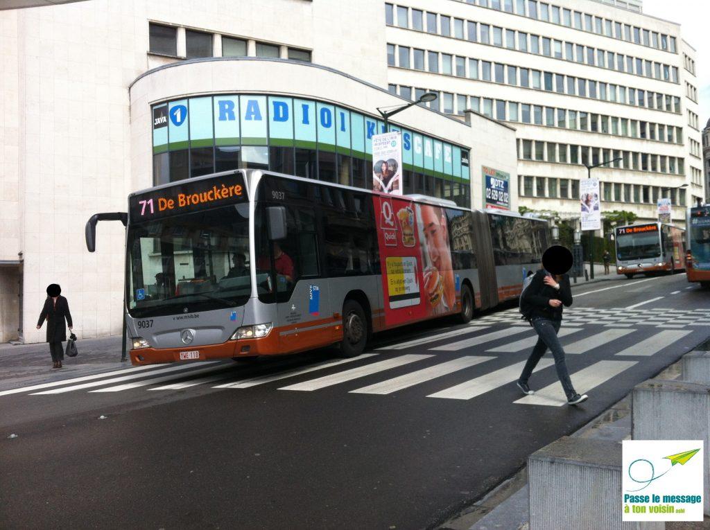 bus de la ligne 71 de la STIB qui pourrait être remplacé par une ligne de tram
