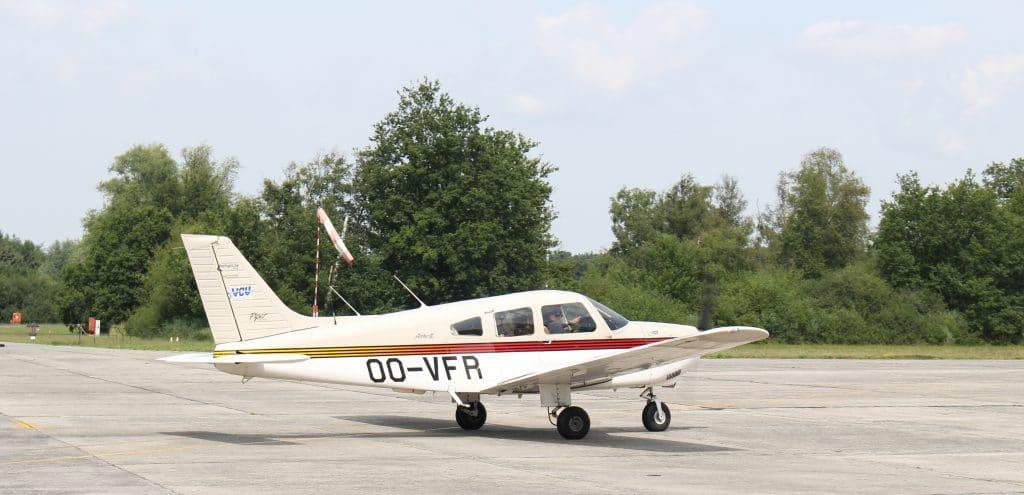 avion accessible aux personnes handicapées des membres inférieurs