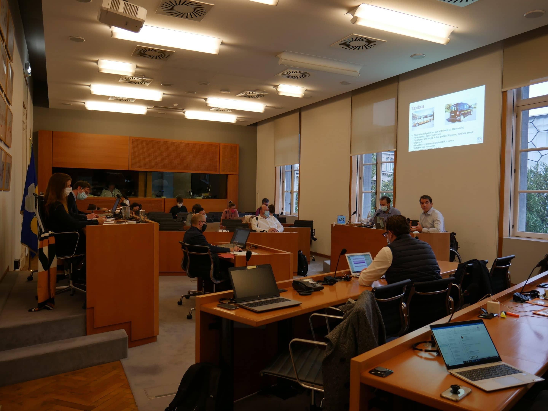 CAWaB présente l'accessibilité de la STIB au Parlement